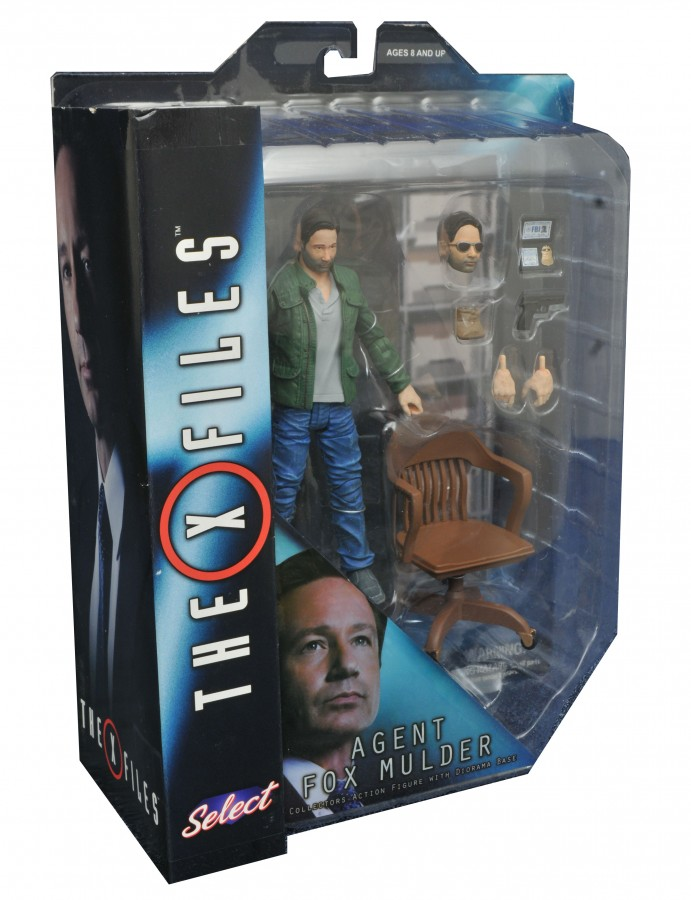 ACTION FIGURE THE X-FILES 2016 SELECT Fox Mulder 17 cm