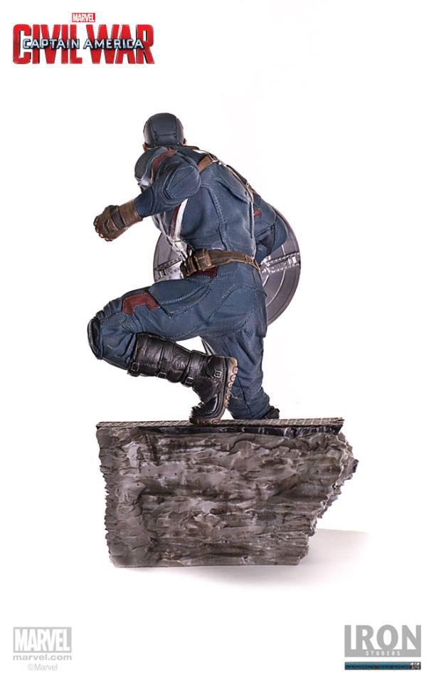 Estátua Cap. America Civil War Legacy Replica Cap. America & Ant-Man 41  cm