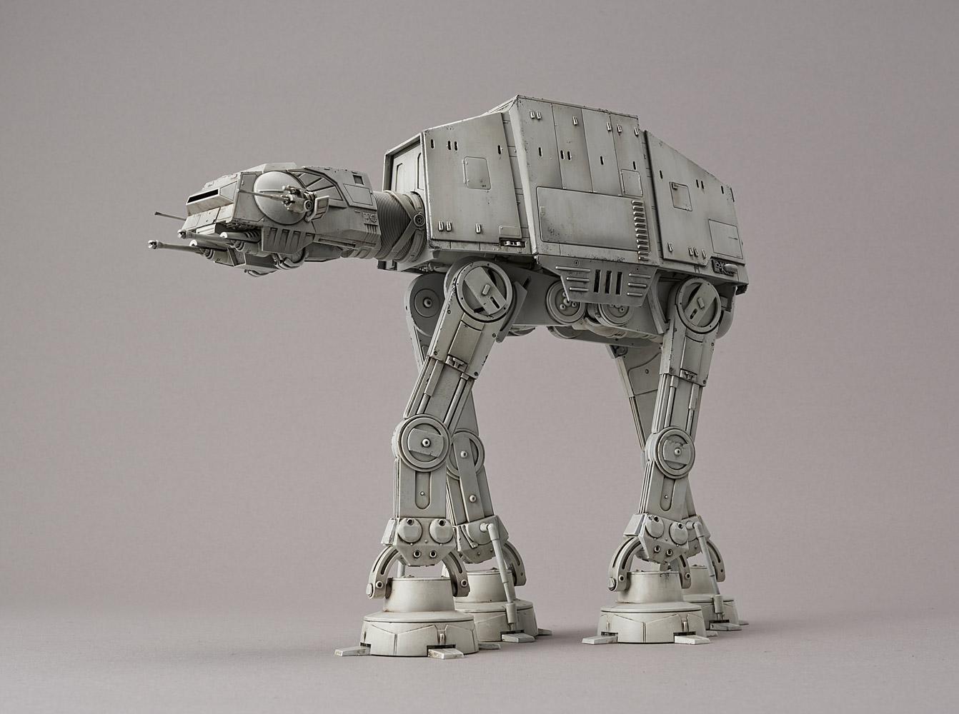 Star Wars: AT-AT - 1:144 Scale Model Kit