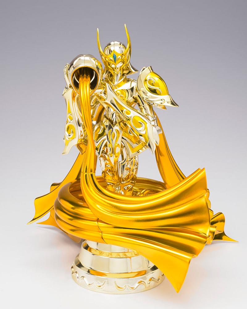 Saint Seiya Soul of Gold SCME Figuarts Aquarius Camus God Cloth 18 cm