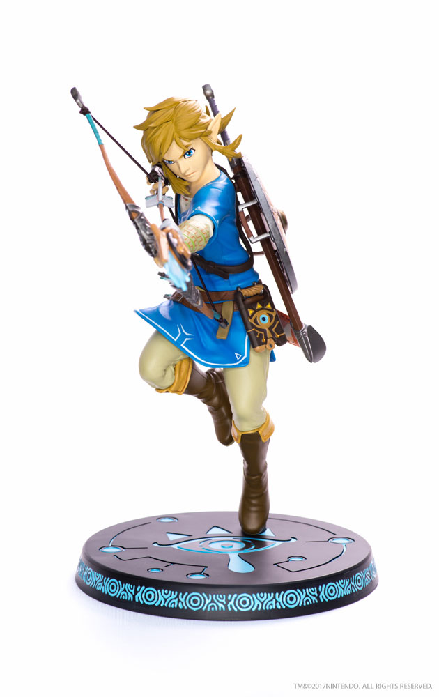 Estátua PVC The Legend of Zelda Breath of the Wild Link 25 cm