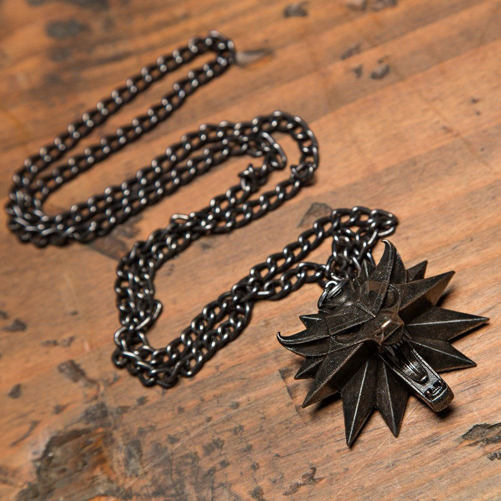 Witcher III Wild Hunt Medallion and Chain Wolf