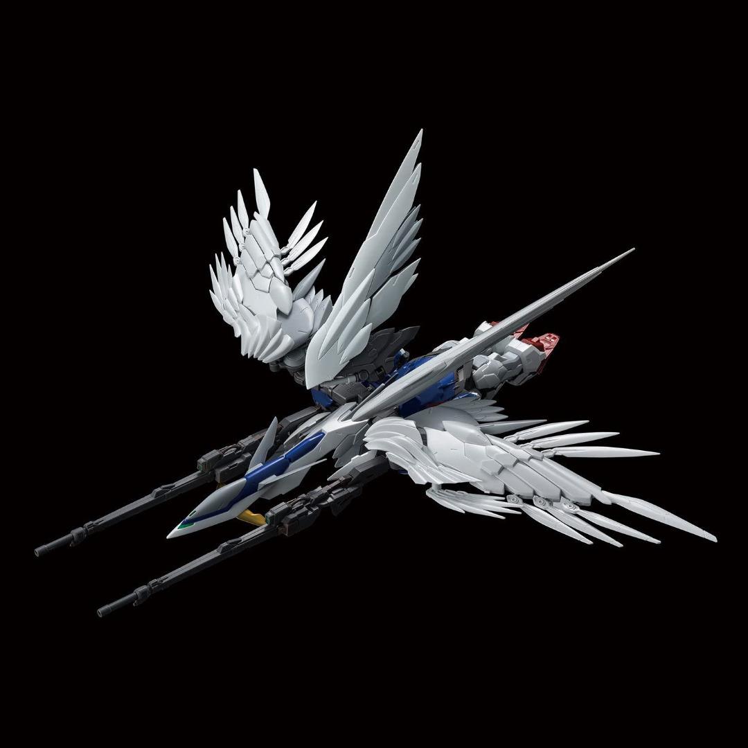 Gundam: Hi-Resolution Wing Gundam Zero EW 1:100 Model Kit
