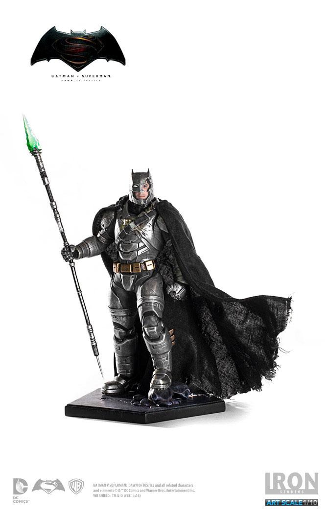 Estátua Batman v Superman 1/10 Armored Batman 25 cm