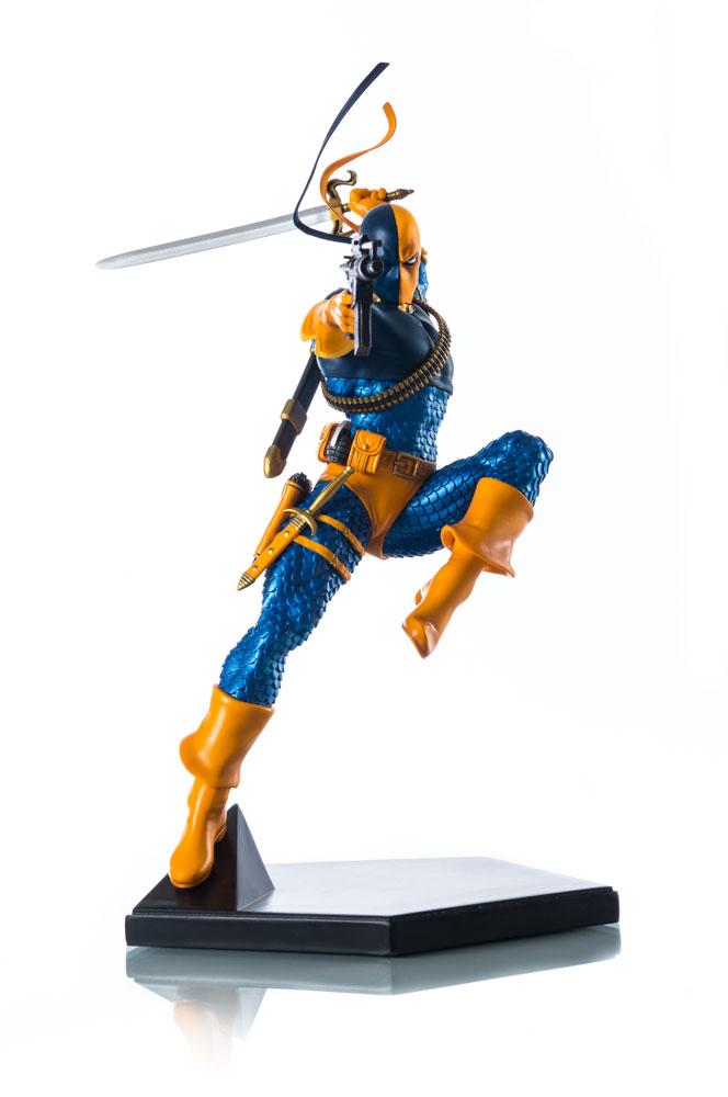 Estátua DC Comics 1/10 Deathstroke 23 cm