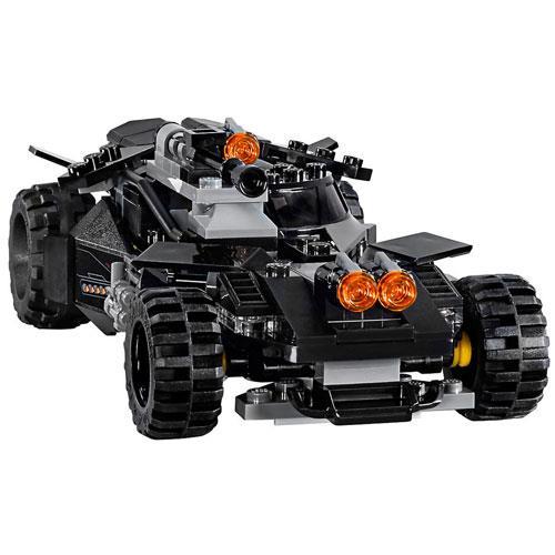 LEGO Super Heroes DC Flying Fox: Ataque Aéreo do Batmobile