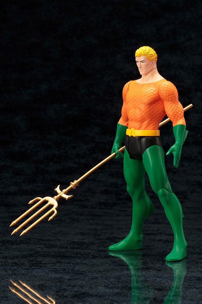 Estátua PVC DC Comics ARTFX+ 1/10 Aquaman (Classic Costume) 19 cm