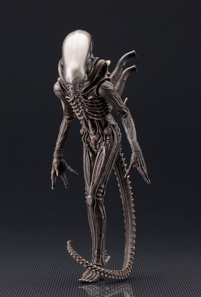 Estátua Alien ARTFX+ PVC 1/10 Xenomorph Big Chap 22 cm