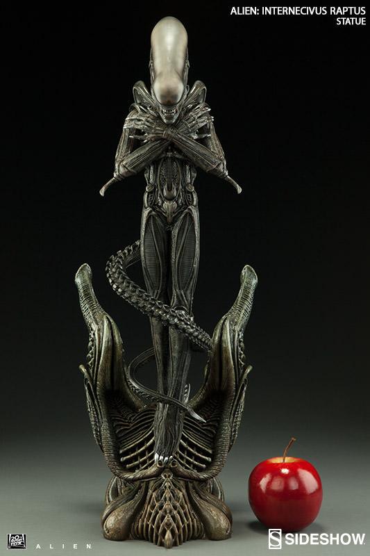 Alien Internecivus Raptus Statue 56 cm