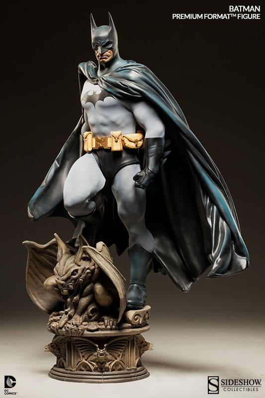 Batman Premium Format Statue 63 cm