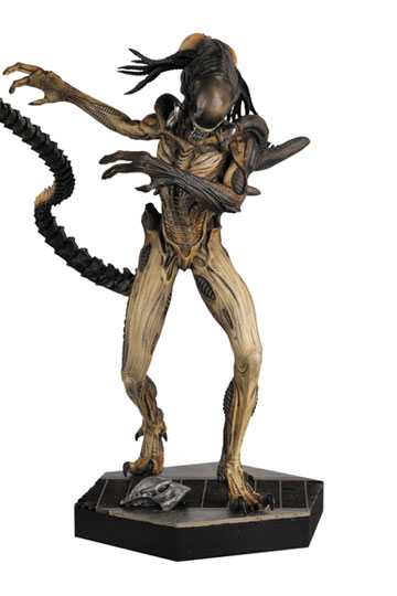 The Alien & Predator Figurine Collection Predalien 12 cm