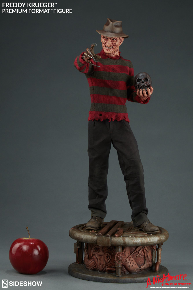 Nightmare on Elm Street Premium Format Figure Freddy Krueger 55 cm