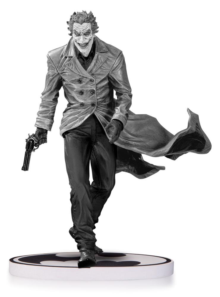 Batman Black & White Statue The Joker by Lee Bermejo 2nd Edition 18 cm
