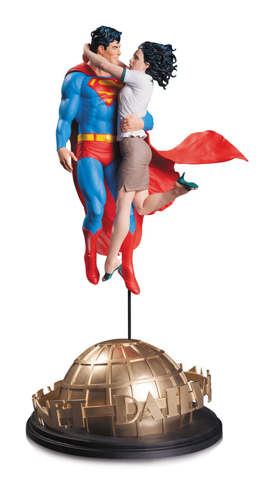 DC Comics Designer Statue Superman & Lois Lane by Gary Frank 42 cm