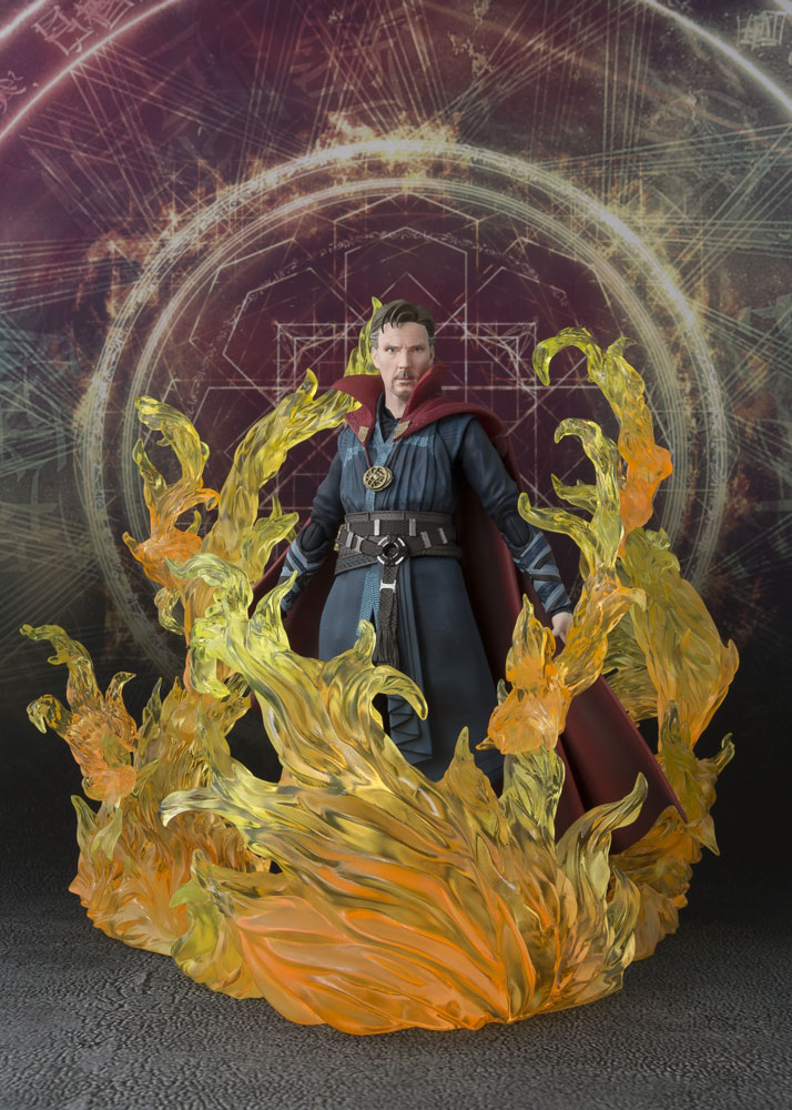 S.H. Figuarts  Action Figure Doctor Strange & Burning Flame Set 15 cm