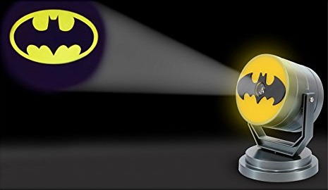 DC Comics: Batman Bat Signal Projection Light