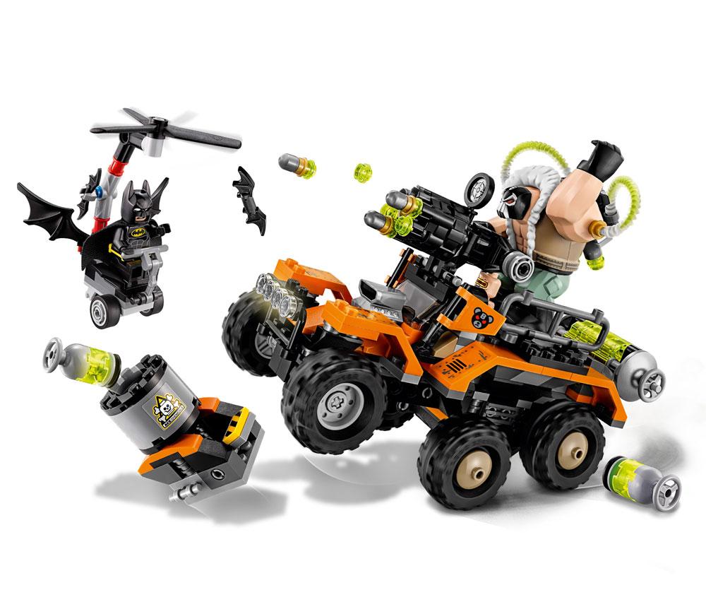 The LEGO® Batman Movie™ Bane™ Toxic Truck Attack