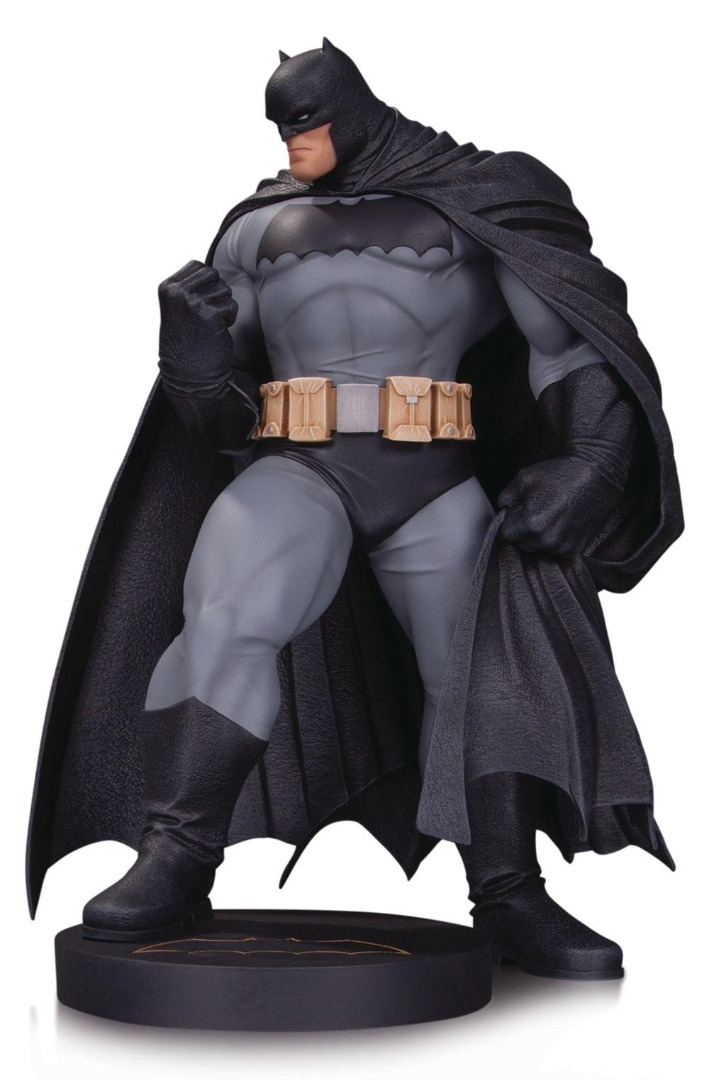 DC Comics Designer Series Mini Statue Batman by Andy Kubert 18 cm