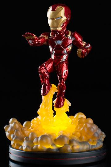 Marvel Comics Light-Up Q-Fig Figure Iron Man 15 cm
