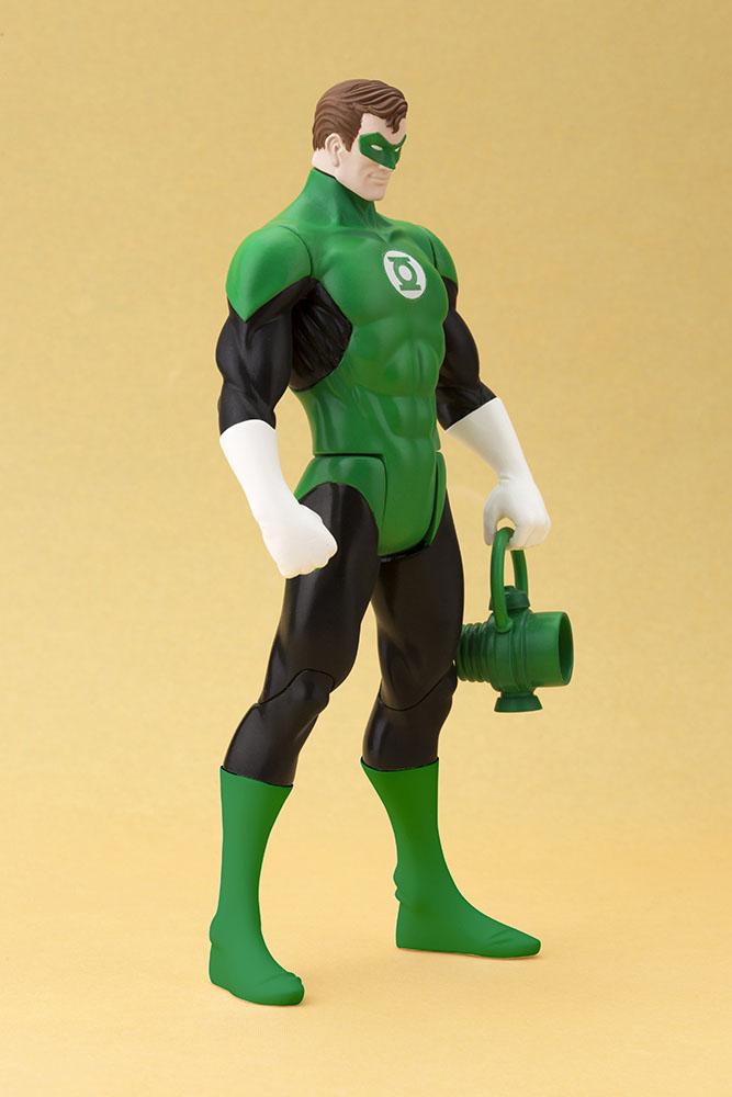 Estátua DC Universe Super Heroes ARTFX+ Series - Green Lantern 20 cm